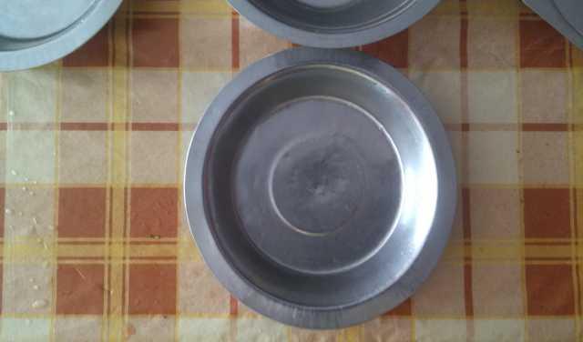 Продам Продается посуда  тарелки СССР