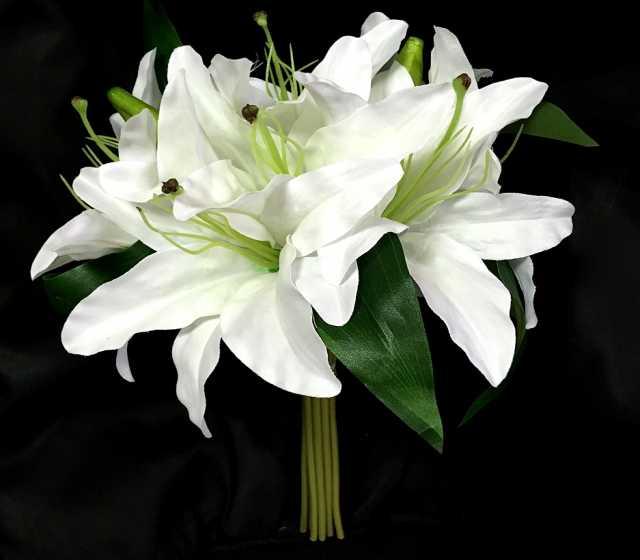 Продам Искусственные цветы.Лилии!!!