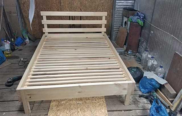 Продам: Кровать двуспальная