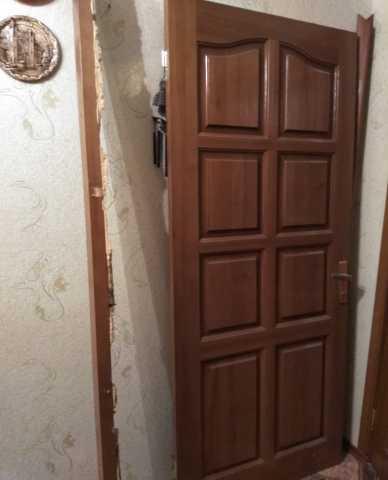 Продам Дверь