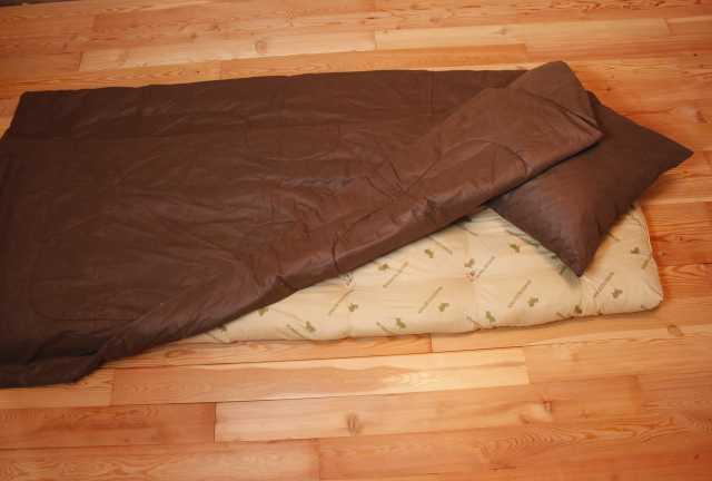 Продам постельные принадлежности