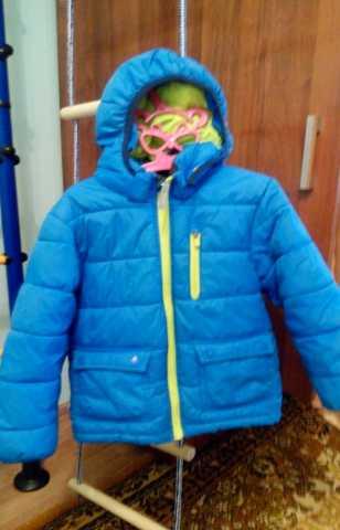 Продам осенне-весенняя куртка на мальчика 4-6 л