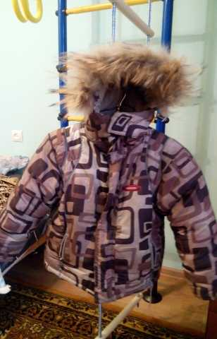 Продам зимняя куртка на мальчика 4-6 лет