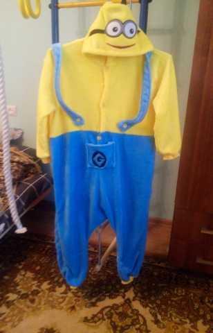 Продам пижама-кигуруми Миньон на 6-8 лет
