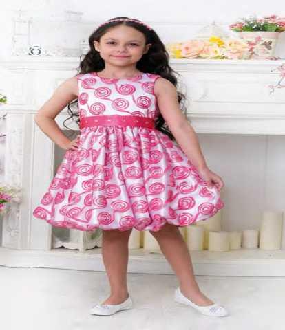 Продам Нарядное платье девочке