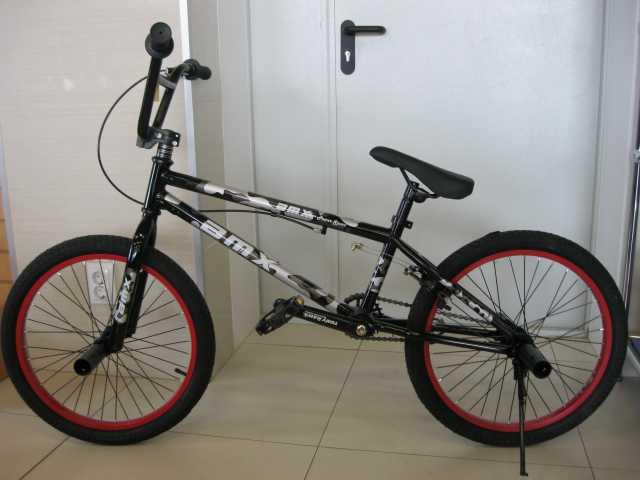 Продам BMX НОВЕЙШИЙ