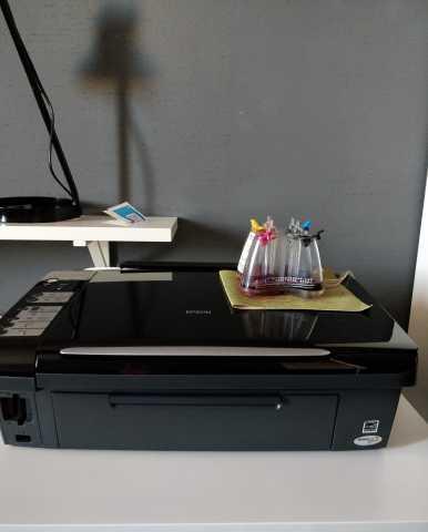Продам Продаю принтер EPSON.