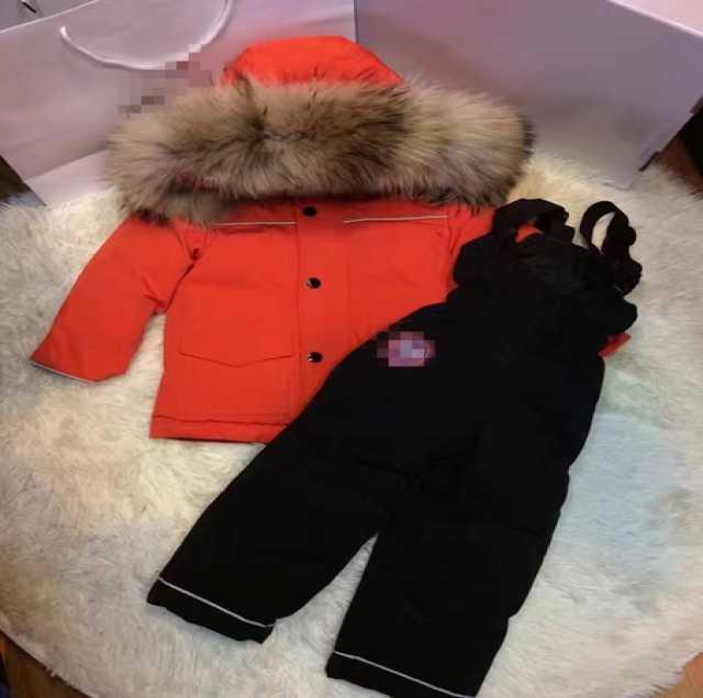 Продам Одежда верхняя зимняя