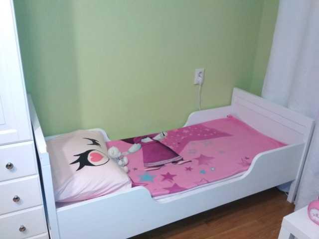 Продам Детская кровать с бортиком