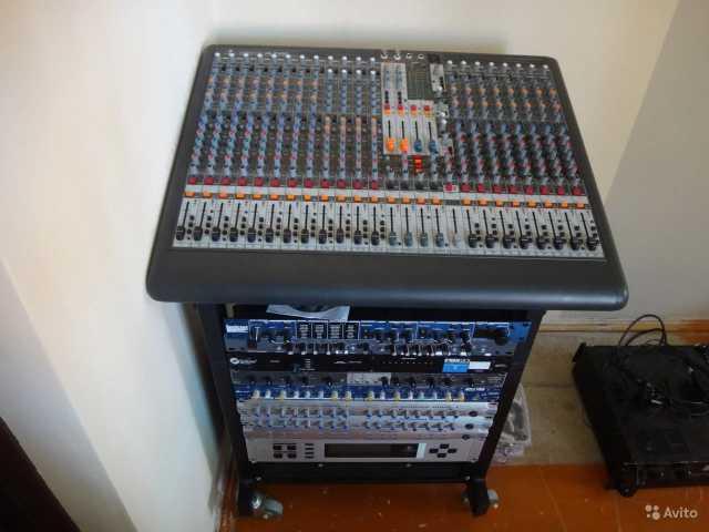 Продам Микшерный пульт Behringer XL2400