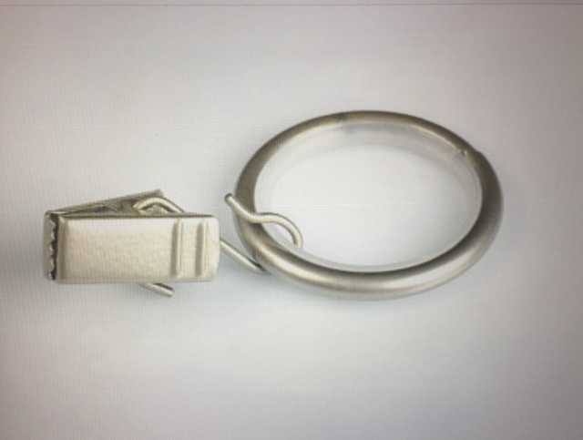 Продам Кольца с металлическими зажимами для што