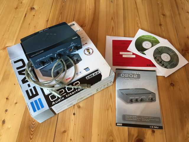 Продам Внешняя звуковая карта E-MU 0202 USB 2.0