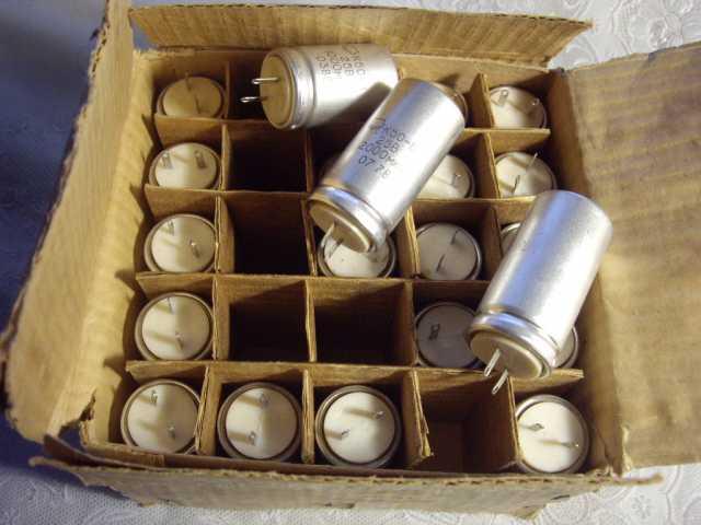 Продам: Конденсатор электролитический К50-6