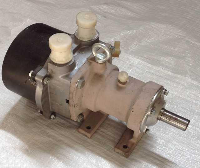 Продам Водокольцевые вакуумные насосы ВВН-70А