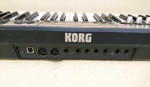 Продам Синтезатор Korg X50