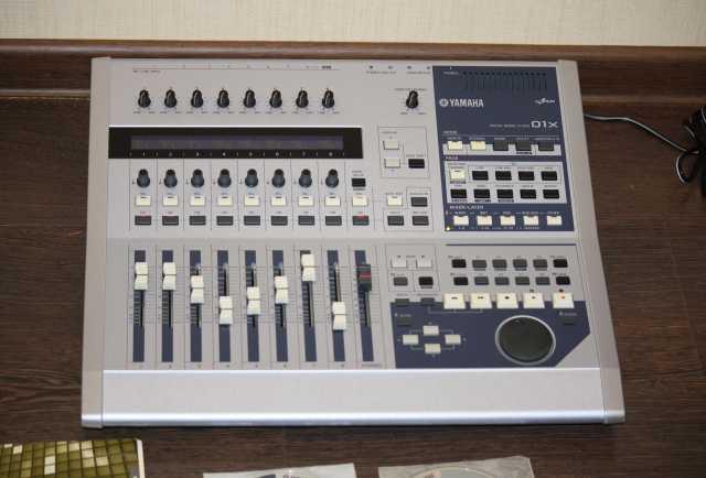 Продам Yamaha 01 X цифровой микшер