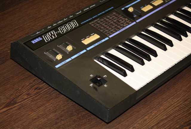 Продам Korg DW-6000