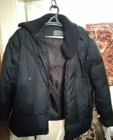 Продам куртка женская  черная Фирменная