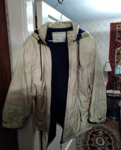 Продам Куртка женская желтая с капюшоном