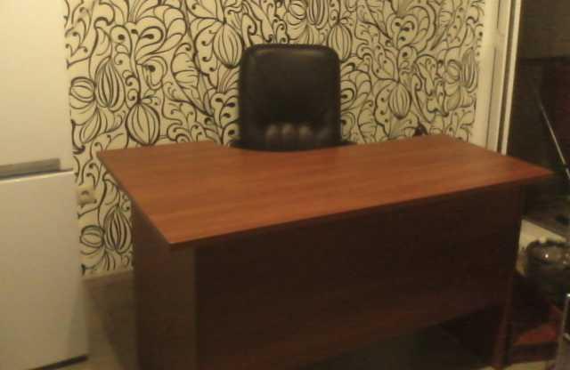 Продам: стол  бу в отличном состоянии