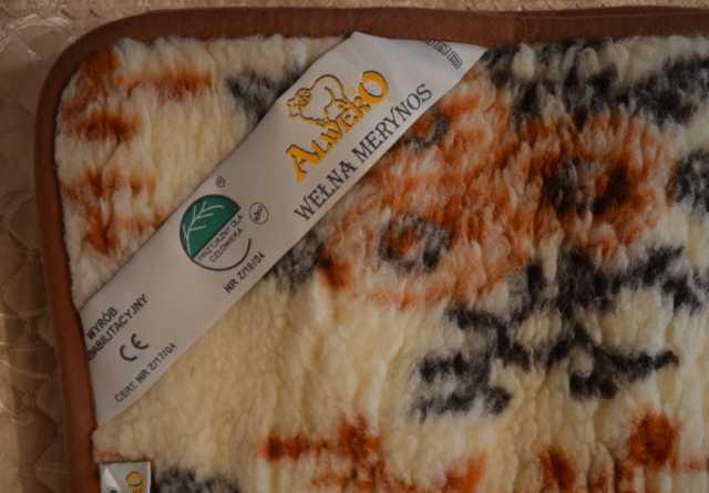 Продам Плед-одеяло шерстяной