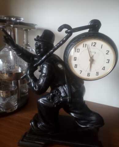 Продам Часы Касли 1970 клоун