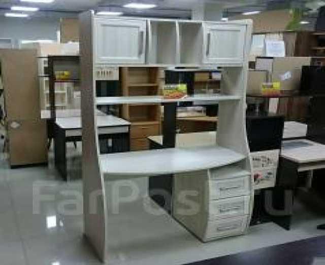 Продам Стол компьютерный Лотта-8