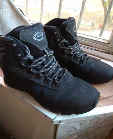 Продам Ботинки BaaS треккинговые. Размер 40