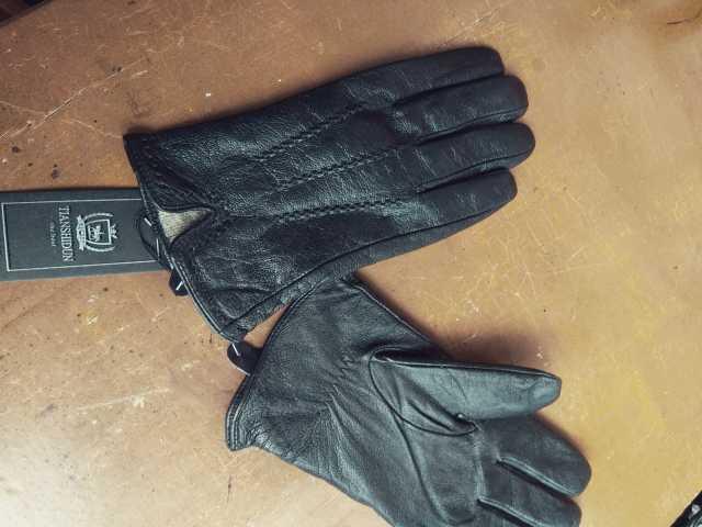 Продам Перчатки Alpa Gloves и др.