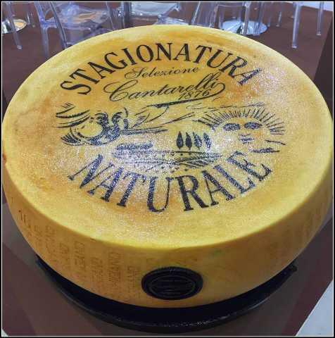 Продам Сыр Parmigiano Reggiano (Пармиджано Редж
