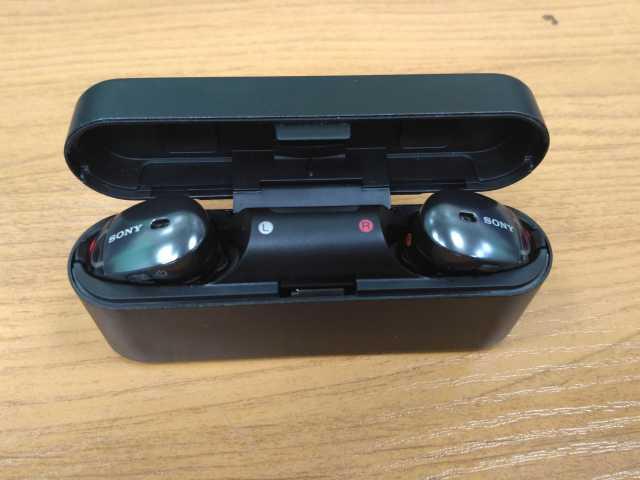 Продам Bluetooth наушники Sony