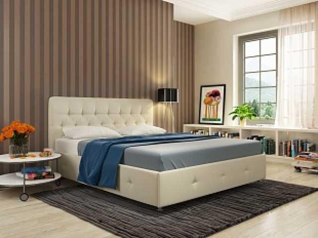 Продам Стильная и статная кровать со стразами