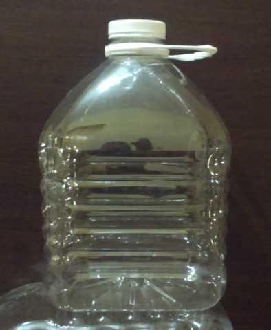 Продам: Бутылки  5 литров новые