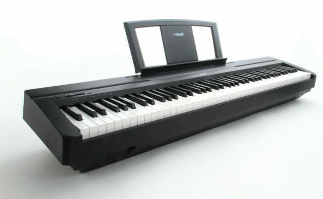 Продам цифровое пианино Ямаха P45b