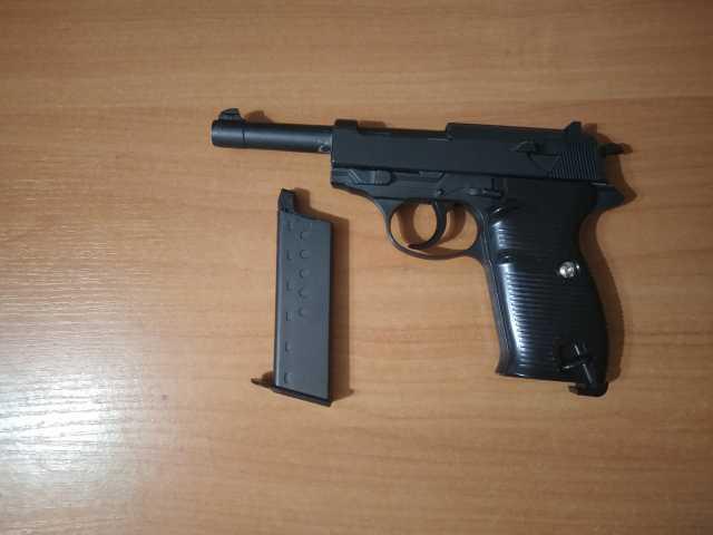 Продам Страйкбольный пистолет G.21 (Walter 38)