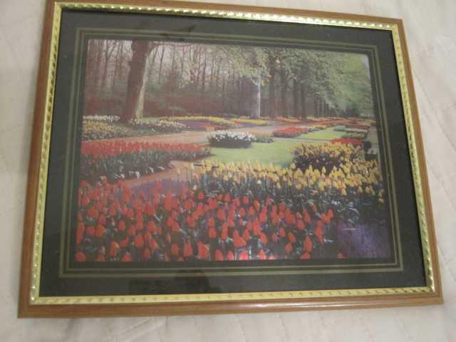 Продам: Картина Тюльпаны в парке