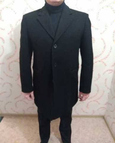 Продам Пальто утепленное с подстежкой