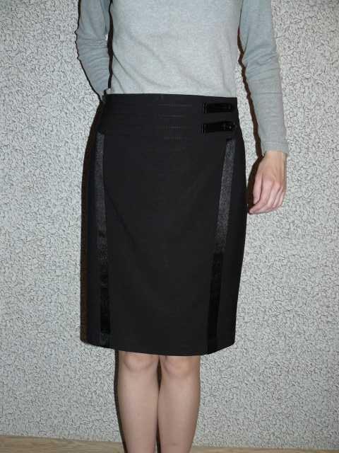 Продам Черная юбка с атласными полосками