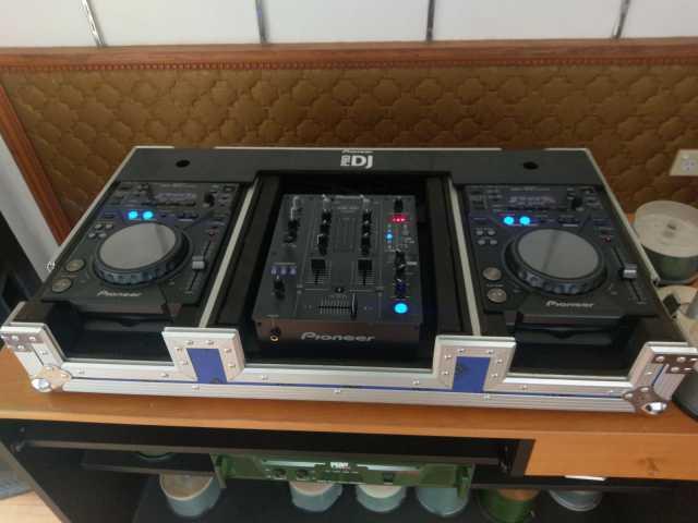 Продам  Pioneer DJM-TOUR1 & 2x CDJ-TOUR1