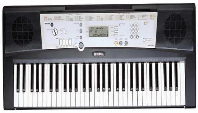 Продам Синтезатор Yamaha PSR-R200
