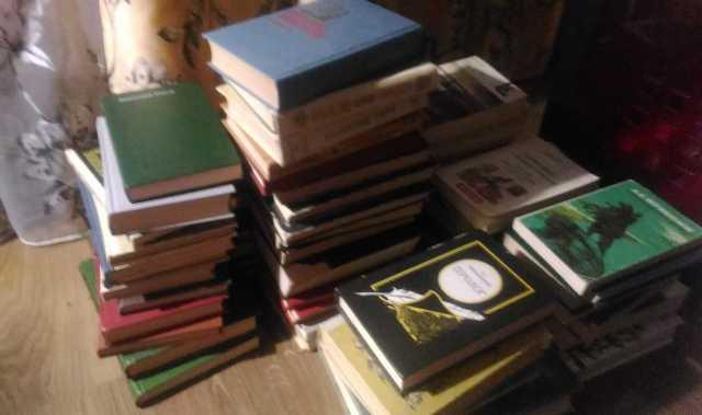 Продам Продам книги. Фото по запросу