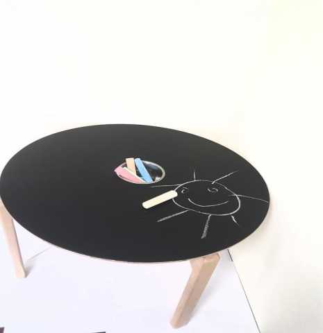 Продам стол с грифельным покрытием
