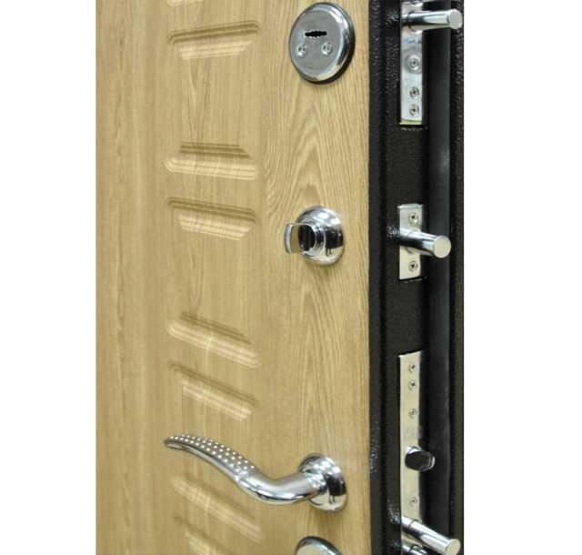 Продам: Входная дверь Фараон