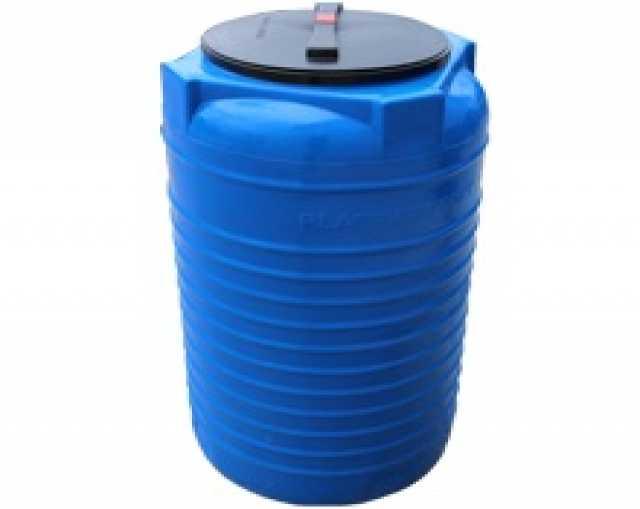 Продам Вертикальная пластиковая емкость 200л
