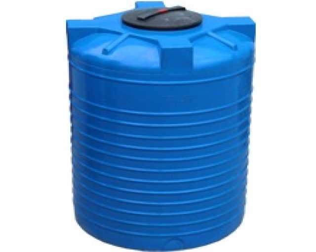 Продам Вертикальная пластиковая емкость 780л