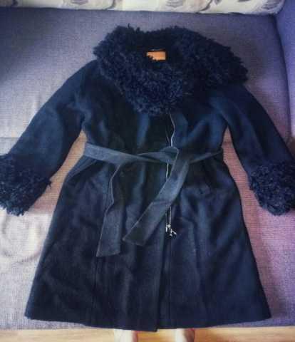 Продам Пальто кашемировое