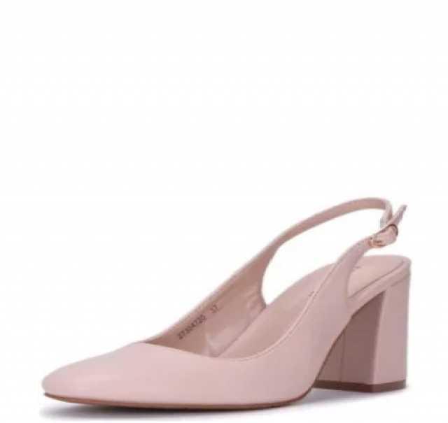 Продам  новые туфли марки T.Taccardi