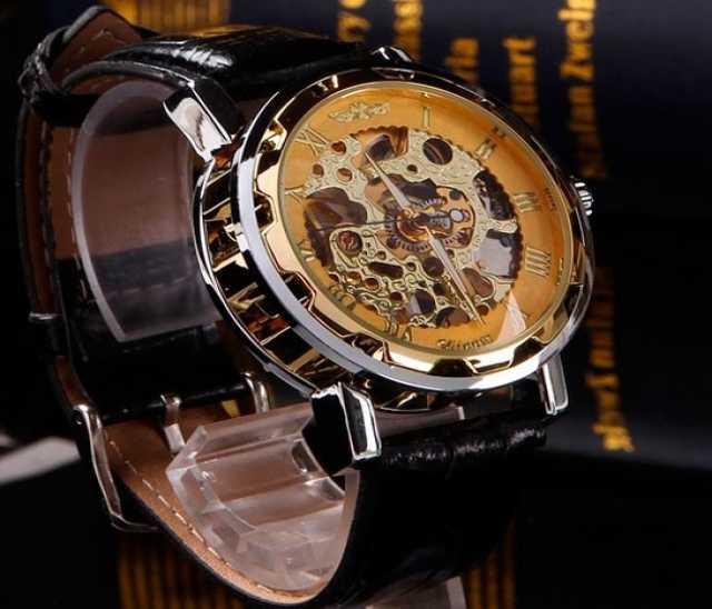 Продам Механические часы новогодняя скидка 70%