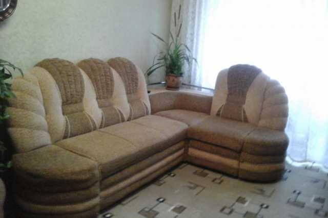 Продам: угловой диван ,кресло с ящиком для белья