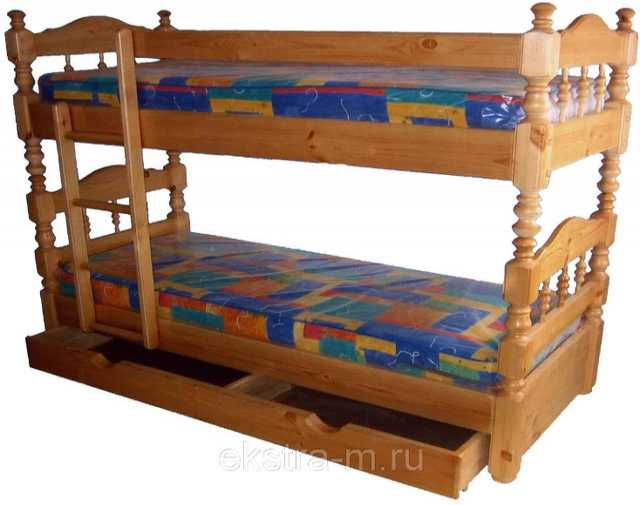Продам Двухъярусная кровать из массива сосны